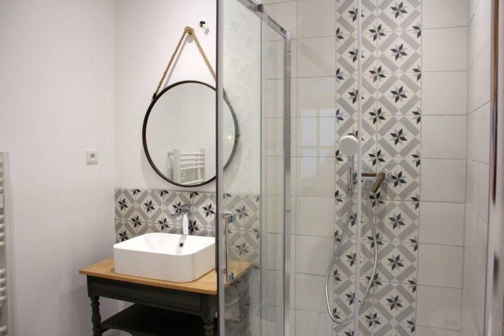 Inspiration déco salle de bain rétro chic
