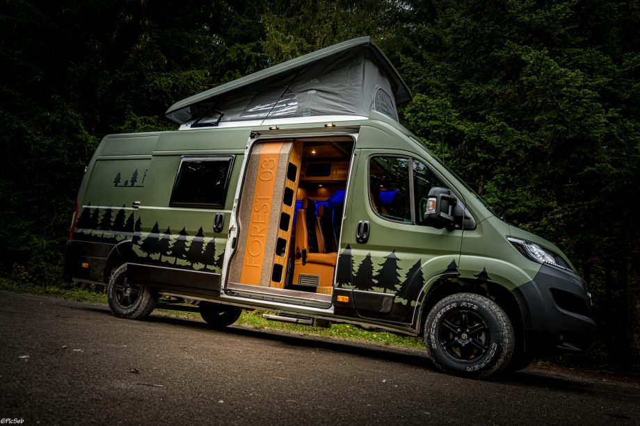 Van Forest 03 Carriage RV