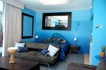 Chambre deco chambre - Chambre bleu turquoise et taupe ...