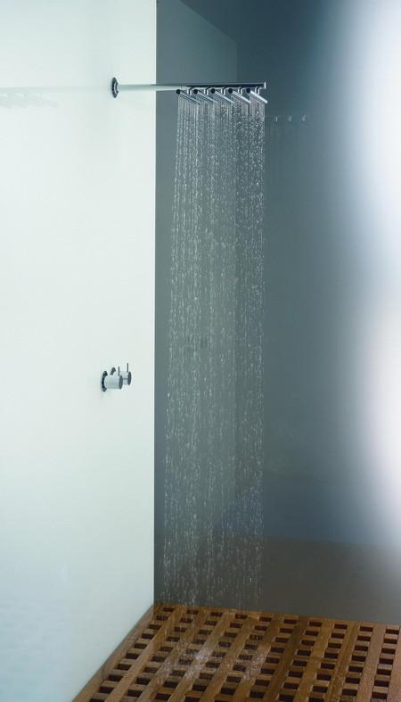 photo douche à effet pluie Vola
