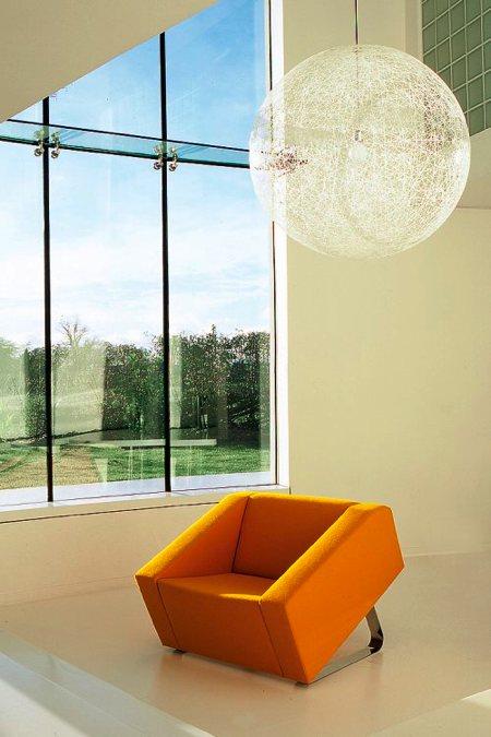 fauteuil design lounge Obelisk chair orange - Ross Didier