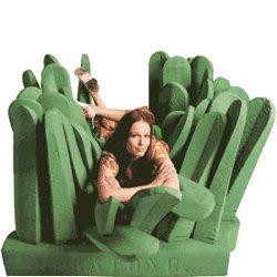fauteuil vert gazon géant Pratone