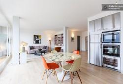 A louer : Grand appartement avec déco vintage et vue sur Paris