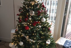 [idée cadeau #6] Sapin de Noël artificiel ultra réaliste Balsam Hill