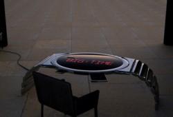 Table montre géante à LED
