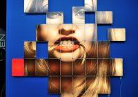 Mur photo avec des briques lumineuses Remake design