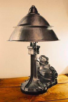 lampe champignon écologique de récupération - Eric Claverie