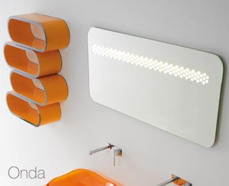 miroir design avec éclairage intégré pour salle de bain