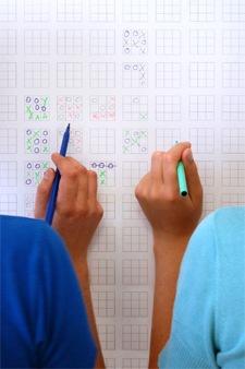 papier-peint jeu du morpion - cinq cinq designers