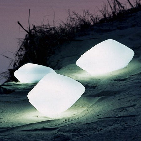 photo des pierres lumineuses Oluce