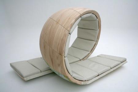 prototype du fauteuil Loopita en forme de boucle