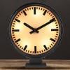 Horloge de gare vintage des années 40